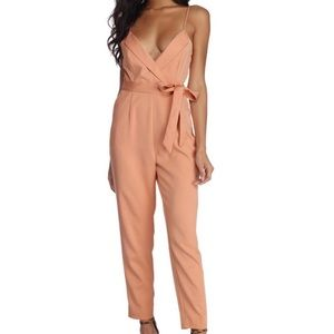 Peach🍑 Adjustable Strap•Jumpsuit✨New & Never Worn